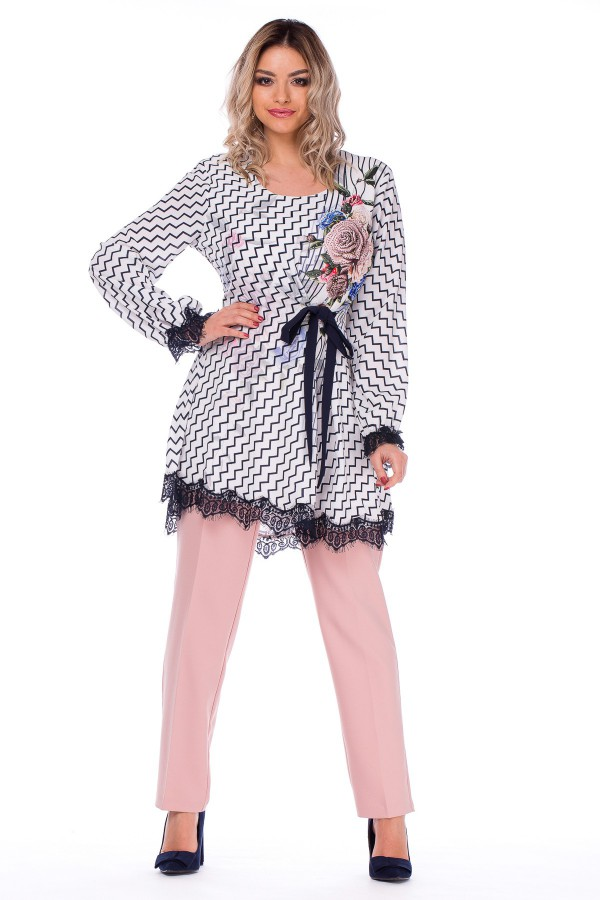 Costum cu pantalon 4974 roz